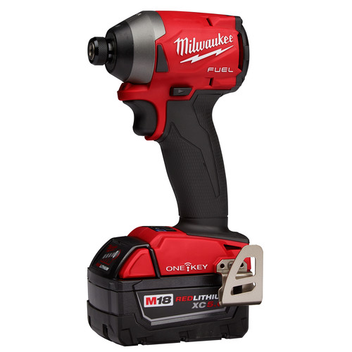Milwaukee 2857-22 M18 FUEL 1/4 in. Hex Impact Driver with ONE-KEY XC Kit image number 1