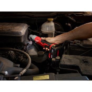 Milwaukee 2667-22 M18 Lithium-Ion 1/4 in. 2-Speed Right Angle Impact Driver Kit image number 2