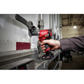 Milwaukee 2555P-22 M12 FUEL Stubby 1/2 in. Impact Wrench  Kit with Pin Detent image number 9