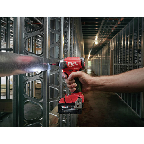 Milwaukee 2760-20 M18 FUEL SURGE 1/4 in. Hex Hydraulic Impact Driver (Tool Only) image number 4