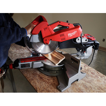 Factory Reconditioned Milwaukee 6955-80 12 in. Dual-Bevel Sliding Compound Miter Saw image number 2