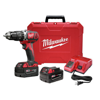 Milwaukee 2607-22 M18 Lithium-Ion XC Compact 1/2 in. Cordless Hammer Drill Driver Kit (3 Ah)