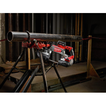 Milwaukee 2729-22 M18 FUEL Cordless Lithium-Ion Deep Cut Band Saw with 2 XC 5.0 Ah Batteries image number 8