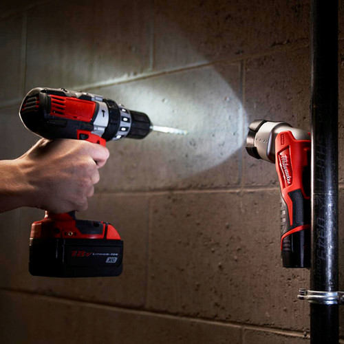 Milwaukee 49-24-0146 M12 Lithium-Ion LED Work Light (Tool Only) image number 2