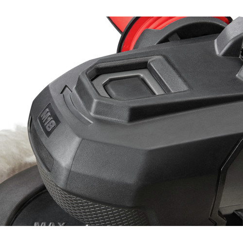 Milwaukee 2738-22 M18 FUEL Lithium-Ion 7 in. Variable Speed Polisher Kit image number 5