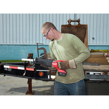 Milwaukee 2720-22 M18 FUEL Cordless Sawzall Reciprocating Saw with 2 REDLITHIUM Batteries image number 6