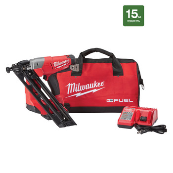 Milwaukee 2743-21CT M18 FUEL Cordless Lithium-Ion 15-Gauge Brushless Finish Nailer Kit