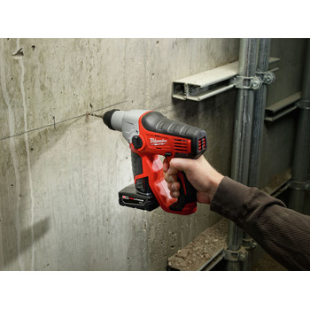 Milwaukee 2412-20 M12 Lithium-Ion 1/2 in. SDS-Plus Rotary Hammer Kit (Tool Only) image number 4