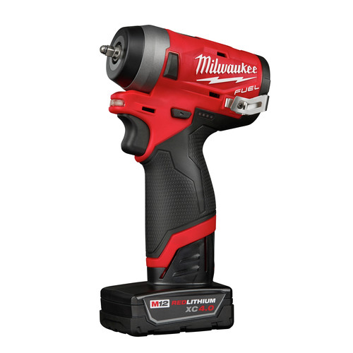 Milwaukee 2552-22 M12 FUEL Stubby 1/4 in. Impact Wrench Kit image number 2