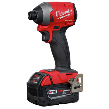 Milwaukee 2853-22 M18 FUEL 1/4 in. Hex Impact Driver XC Kit image number 2