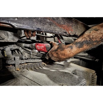 Milwaukee 2560-21 M12 FUEL Cordless Lithium-Ion 3/8 in. 2.0 Ah Extended Reach Ratchet Kit image number 6