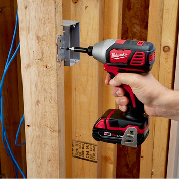 Factory Reconditioned Milwaukee 2656-82CT M18 18V Cordless Lithium-Ion 1/4 in. Hex Compact Impact Driver Kit (1.5 Ah) image number 4