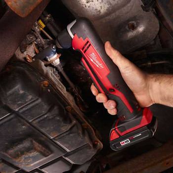 Milwaukee 2615-21 M18 Lithium-Ion 3/8 in. Cordless Right Angle Drill Driver Kit (3 Ah) image number 4