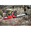 Milwaukee 2727-21HDP M18 FUEL 16 in. Chainsaw with FREE Blower Kit image number 9