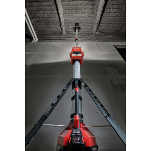 Milwaukee 2135-21HD M18 ROCKET Cordless Lithium-Ion LED Tower Light/Charger image number 9