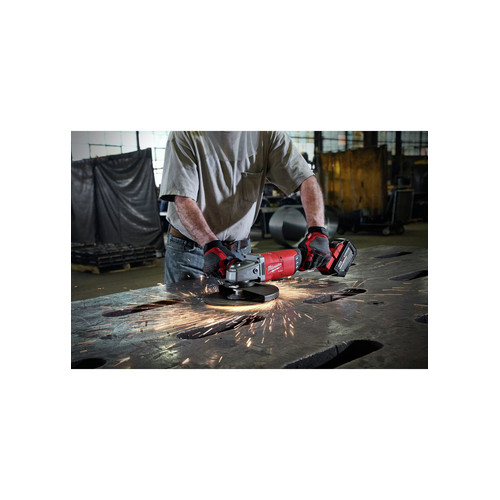 Milwaukee 2785-21HD M18 FUEL 7 in. / 9 in. Large Angle Grinder Kit image number 8