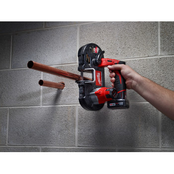 Milwaukee 2429-21XC M12 12V Cordless Lithium-Ion Sub-Compact Band Saw Kit with XC Battery image number 8