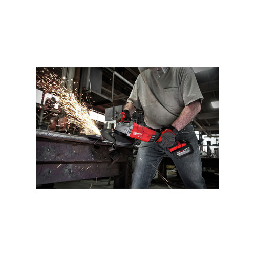 Milwaukee 2785-21HD M18 FUEL 7 in. / 9 in. Large Angle Grinder Kit image number 5