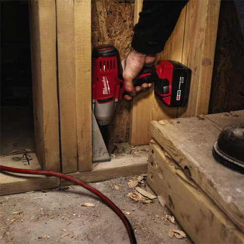 Factory Reconditioned Milwaukee 2663-82 M18 Cordless 1/2 in. Lithium-Ion Impact Wrench with 2 Batteries image number 2