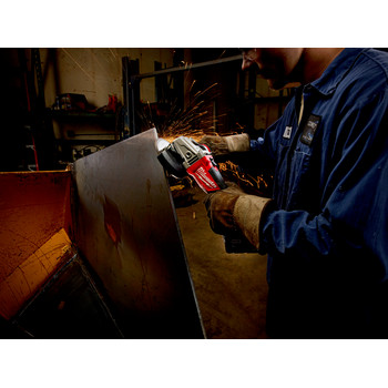 Milwaukee 2781-20 M18 FUEL Lithium-Ion 4-1/2 in. - 5 in. Slide Switch Grinder with Lock-On (Tool Only) image number 3