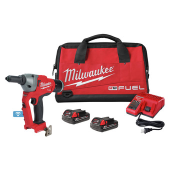 Milwaukee 2660-22CT M18 FUEL Brushless Lithium-Ion 1/4 in. Cordless Blind Rivet Tool Kit with ONE-KEY (2 Ah)