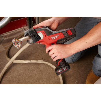 Factory Reconditioned Milwaukee 2472-80 M12 Lithium-Ion 600 MCM Cable Cutter (Tool Only) image number 6