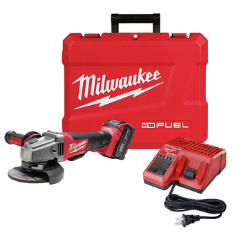 Milwaukee 2781-21 M18 FUEL Cordless 4-1/2 in. - 5 in. Slide Switch Grinder with Lock-On and (1) REDLITHIUM Battery