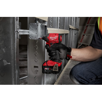 Milwaukee 2857-22CT M18 FUEL 1/4 in. Hex Impact Driver with ONE-KEY CP Kit image number 5