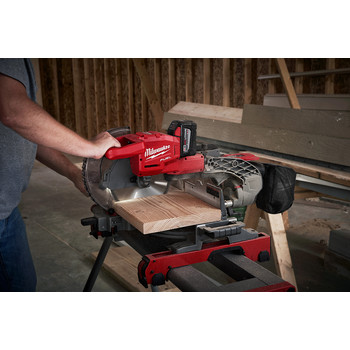 Factory Reconditioned Milwaukee 2734-81HD M18 FUEL 9.0 Ah Cordless Lithium-Ion 10 in. Dual Bevel Sliding Compound Miter Saw image number 6
