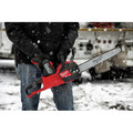 Milwaukee 2727-21HDP M18 FUEL 16 in. Chainsaw with FREE Blower Kit image number 15